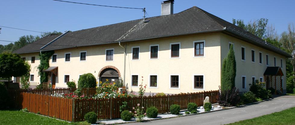 Bauernhof Fingerneissl - Familie Rechberger König - Direkt am Donauradweg!